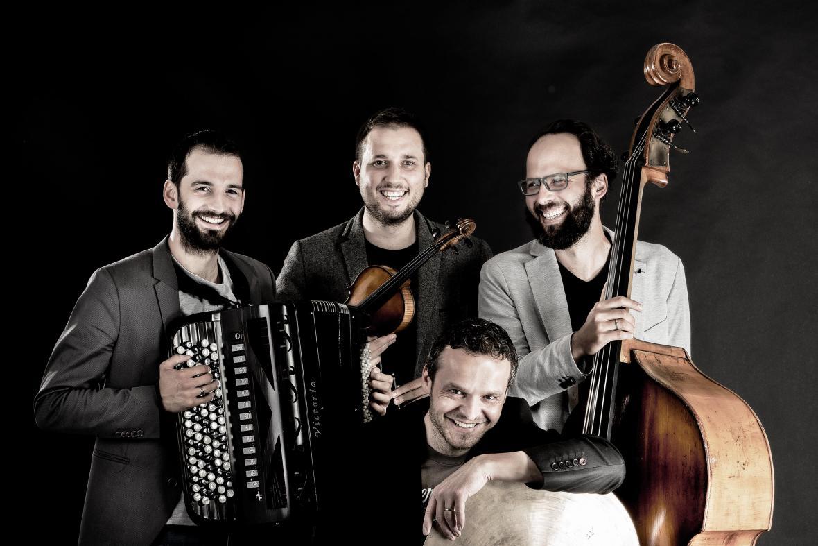 Invisible World Quartet (photo Zbynek Bartos)